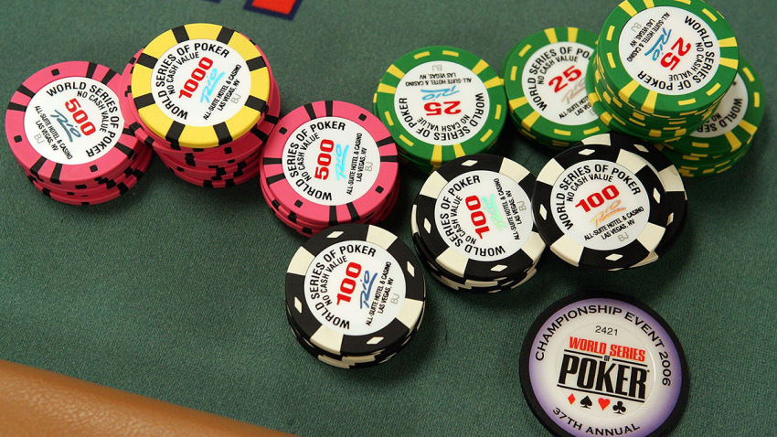 4 Little Identified Methods To Take Advantage Of Out Of Poker